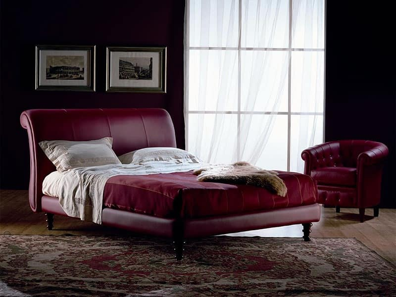Giotto, Hand finished bed, covered in leather, for bedroom