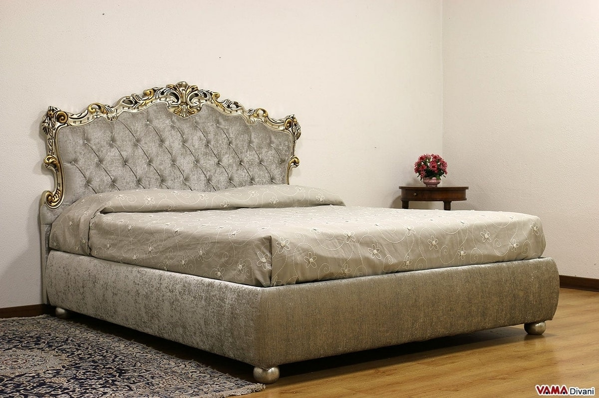 Ilaria, Baroque style double bed with carved wooden frame