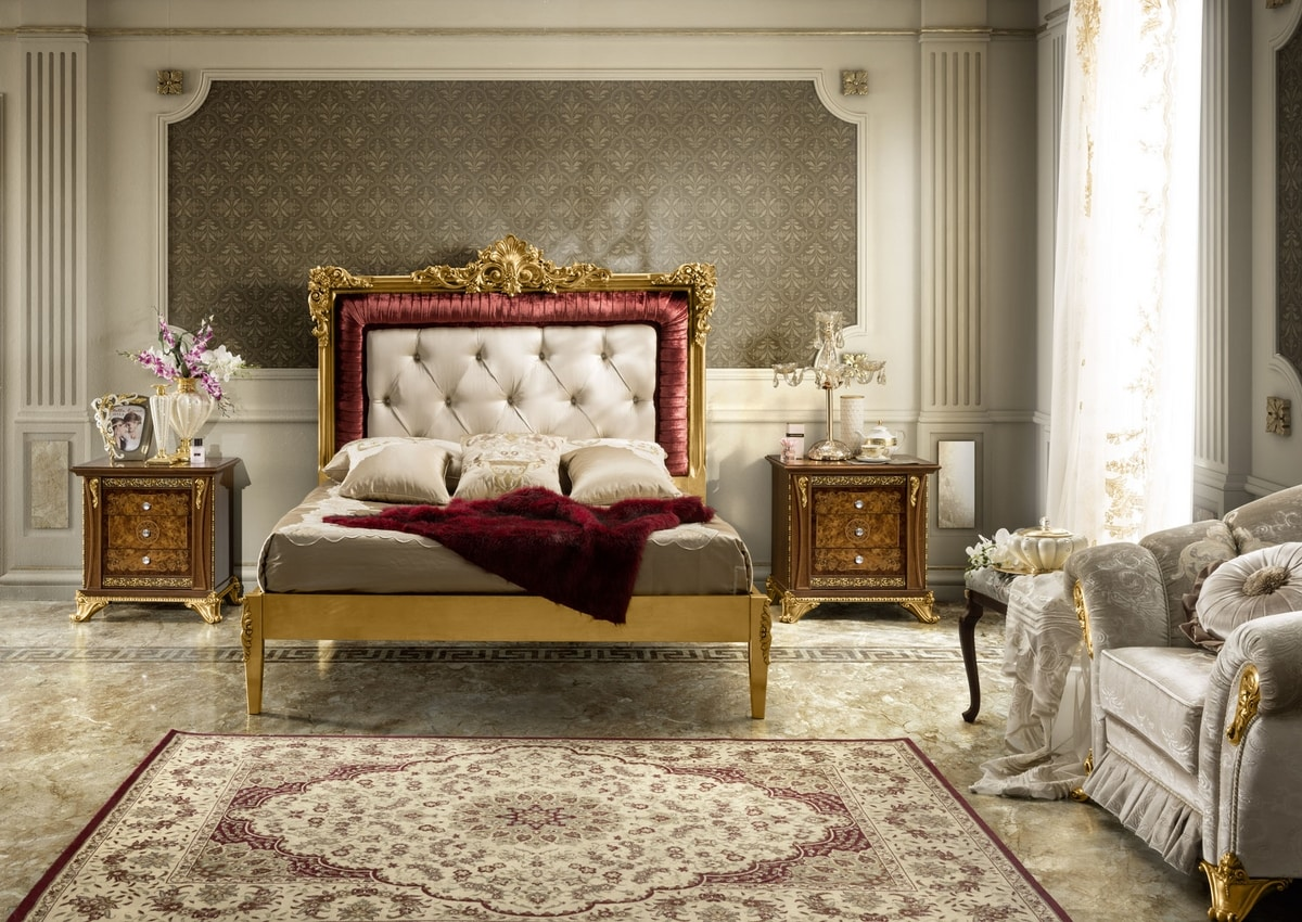 Impero bed, Bed with richly carved headboard