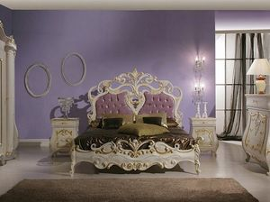 Isabel bed, Luxurious bed with carvings