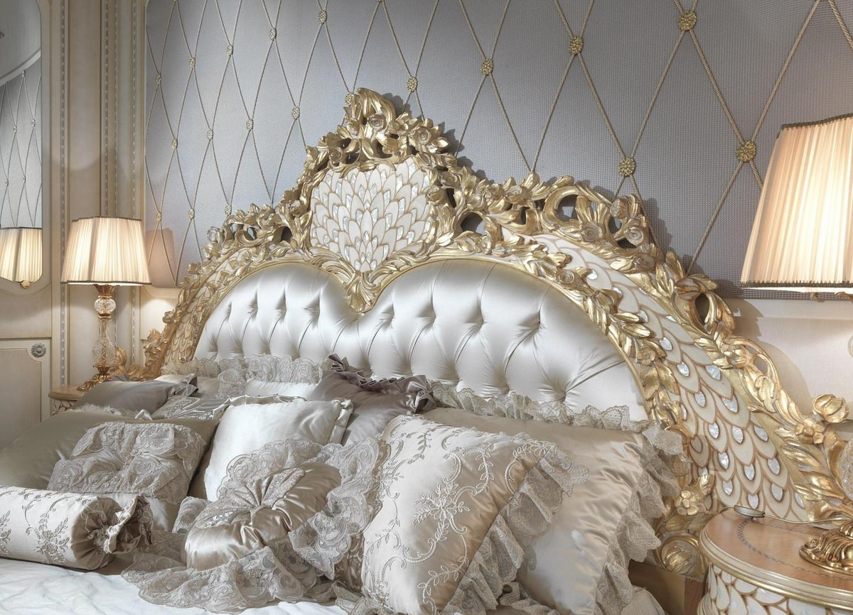 Lariana bed, Luxurious hand carved bed