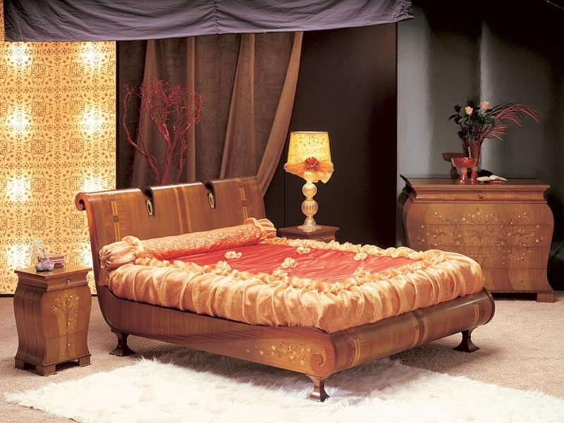 LE02 Le Volute bed, Bed in bent wood, decorated by hand, for luxury bedrooms