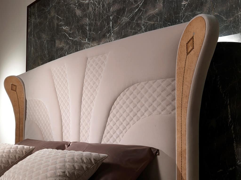 LE28 Charme Bett bed, Luxurious bed with inlaid wood decorations