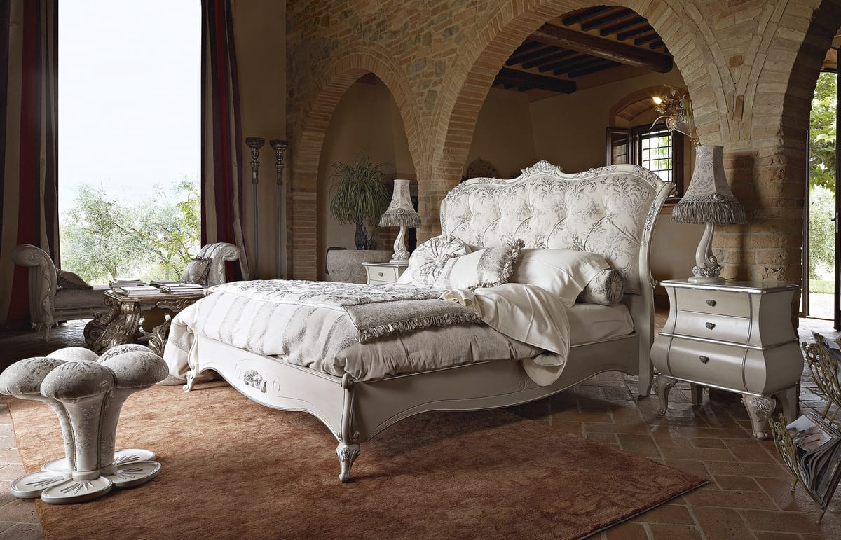 Leonardo bed, Classic bed, with silver carvings