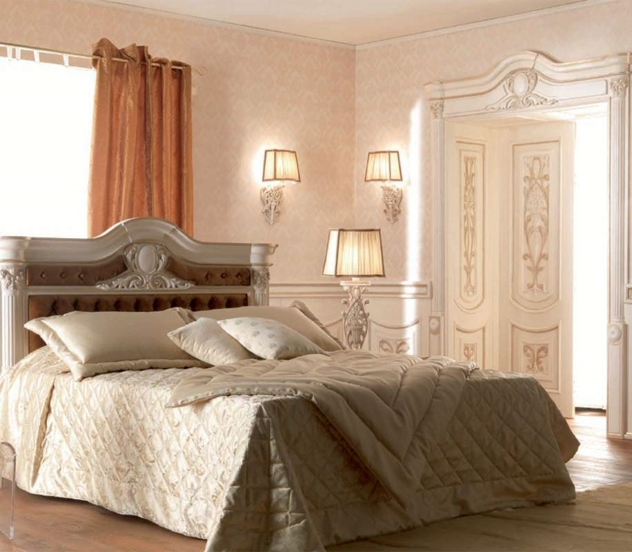 Luigi XVI Art. TES01/VOCAP/L183, Classic style bed, with handcrafted carvings