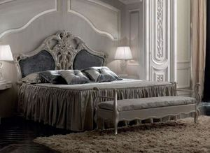 Luigi XVI Art. TES02, Classic bed with precious decorations