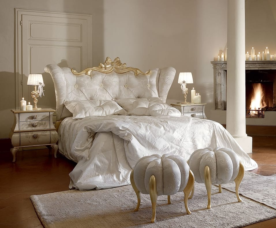 Matilde bed, Luxurious and elegant bed with bleached gold details