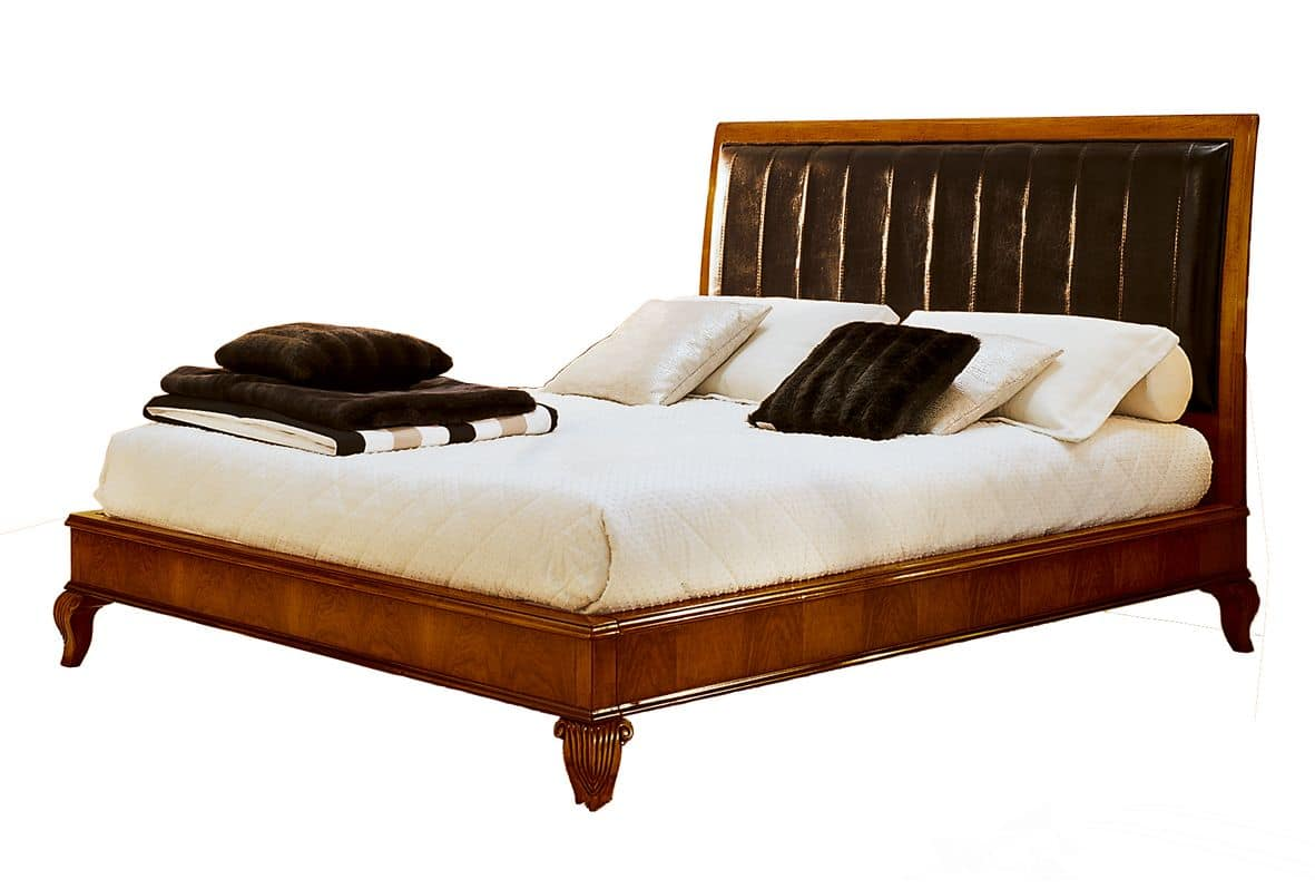 Montpellier VS.1340, Walnut bed, leather headboard, for classic hotels