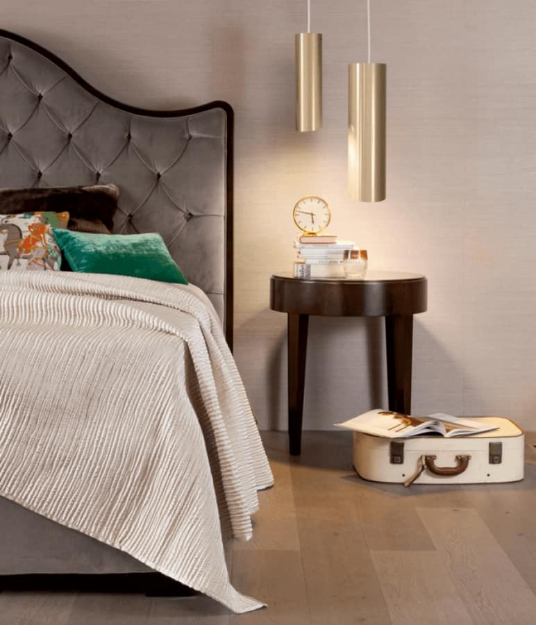 Onda bed, Classic bed with capitonné headboard