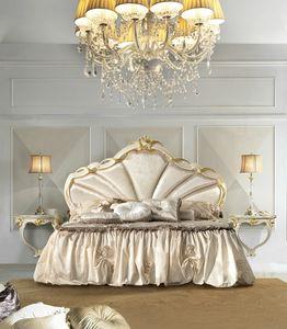 Rossini Art. 2504, Bed with velvet headboard