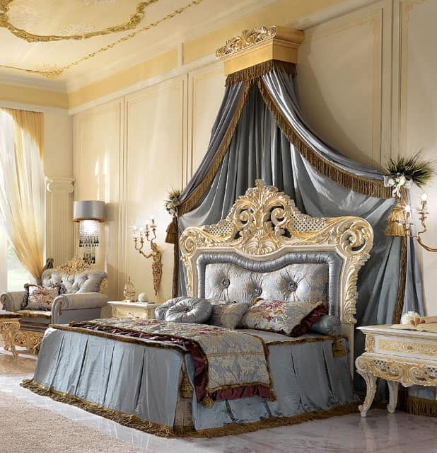 Royal Bed, Double bed in carved wood and upholstered headboard