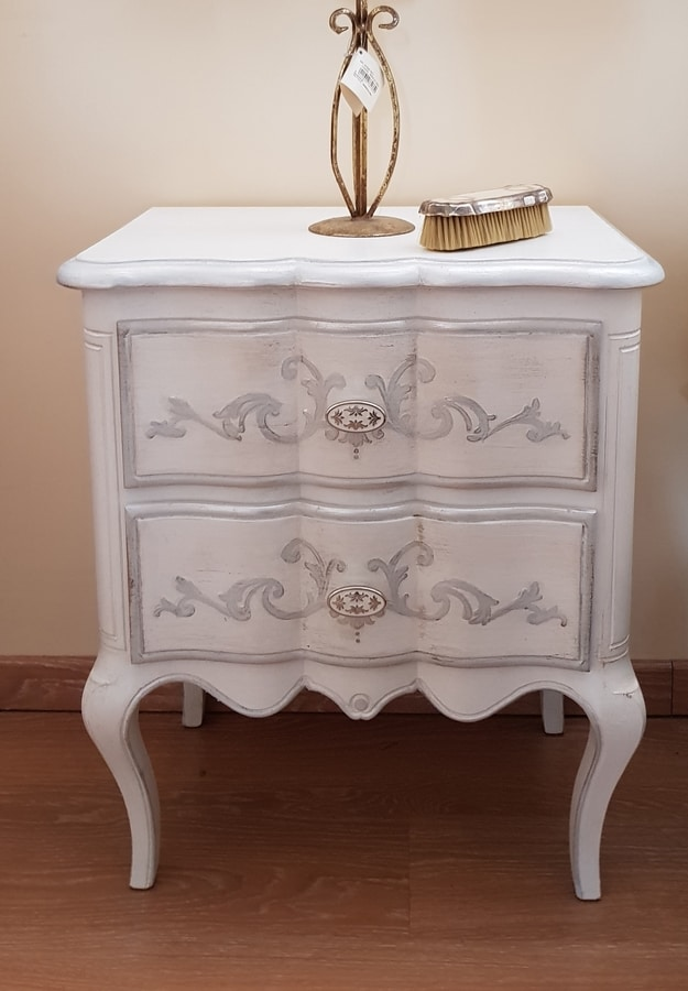 Art. 299, Tempera white lacquered bedside table