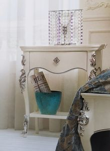 Art. 33 CO, Classic bedside table, decorated by hand