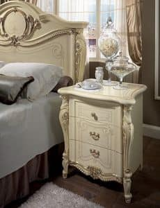 Tiziano nightstand, Classic bedside table, 3 drawers