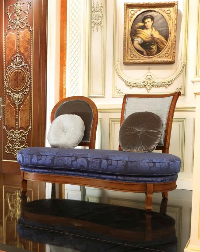 Bean Bench, Padded bean-shaped bench, in classic style