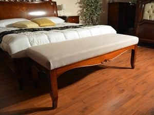 Bench foot-bed, Luxury classic bench, padded, customizable