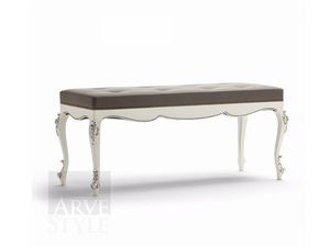 Venere bench, Classic bench with capitonn� padding