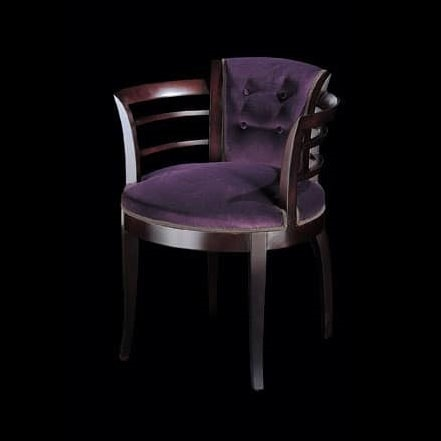 186PI, Enveloping chair with armrests