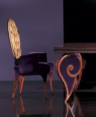284P, Head of the dining chair