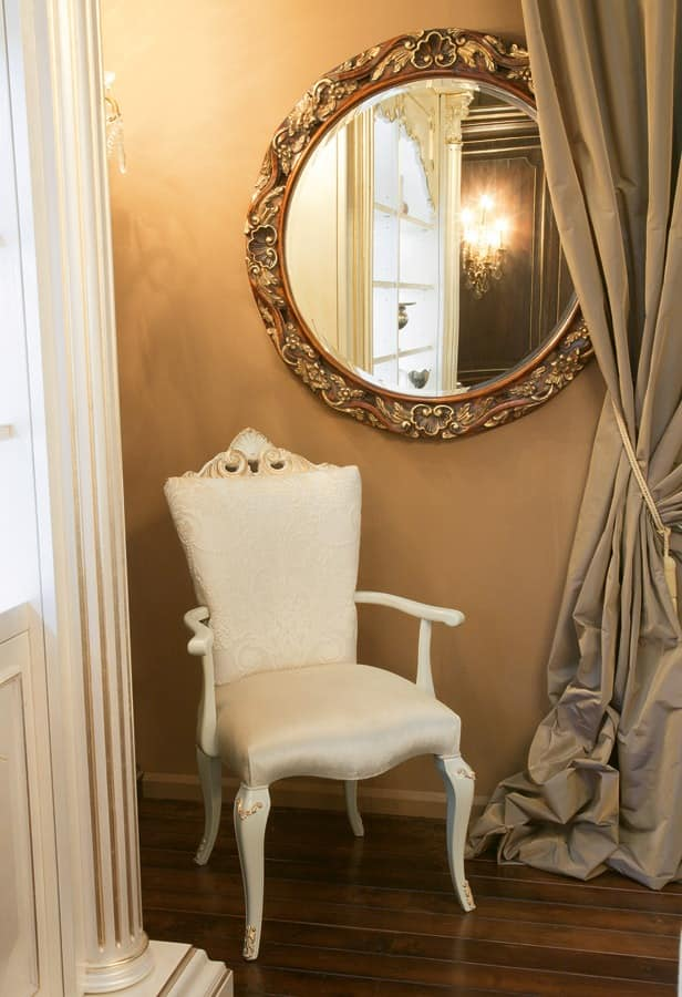 Art. 1069, Armchair with molding, luxurious classic style