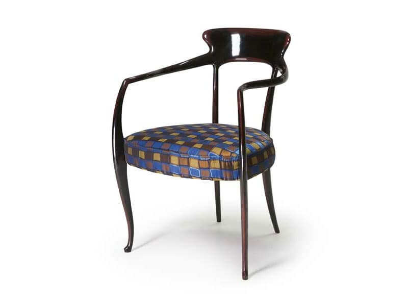 Art.191 armchair, Armchair made of beech wood with padded seat, classic style