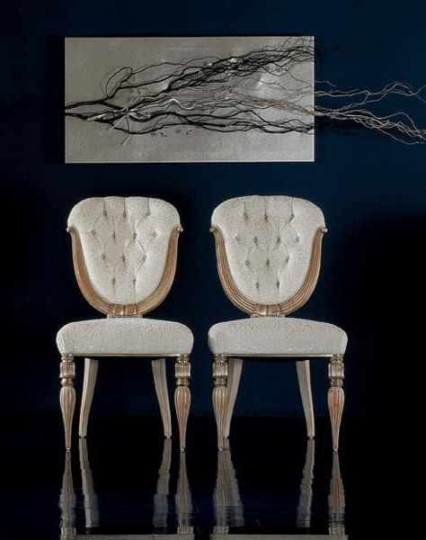 279S, Classic upholstered chairs