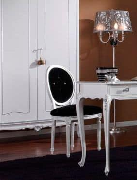 3620 CHAIR, Chair white lacquered, quilted seat, for dining room