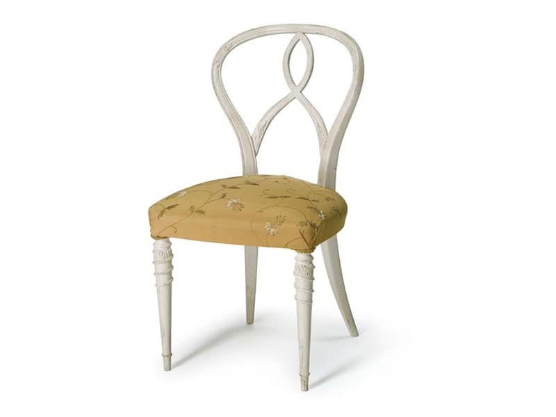 Art.492 chair, Chair made of raw walnut, padded seat