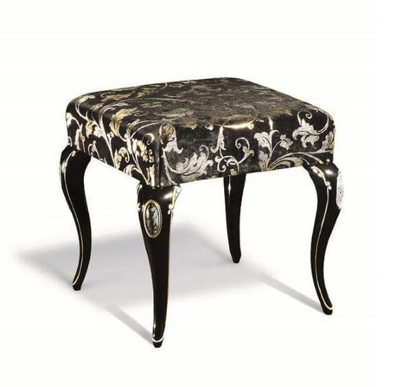 Art. 704, Solid wood stool, for classic living rooms