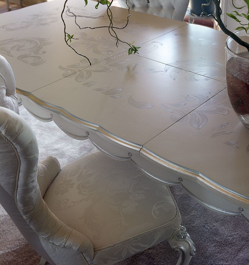 Carpi chair, Classic style chair with capitonné padding