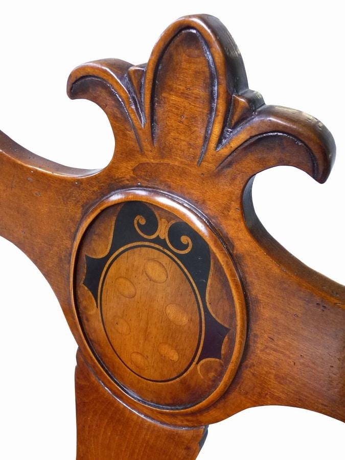 Fetovaia ME.0979, '500 Florentine walnut chair