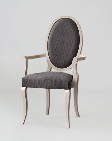 S16P, Elegant chair with armrests, oval back