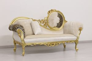 Monet animalier, Luxury daybed made of wood with gold finishings, Baroque
