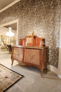 5802, Luxury commode with secretaire