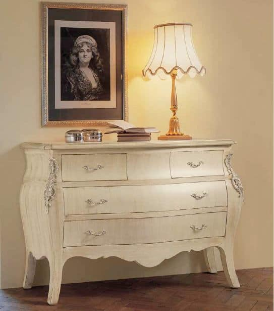 Art. 1131, Classic white chest of drawers ideal for bedrooms