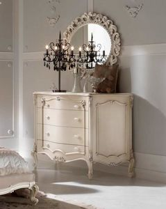 Chippendale chest of drawers lacquered, Chest of drawers with silver leaf decorations