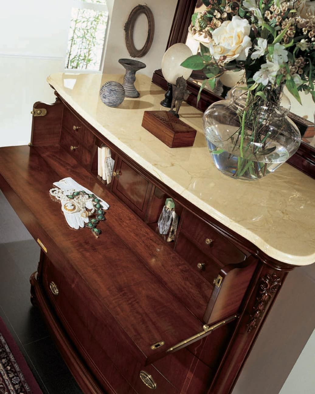 Gardenia flap, Chest of drawers with flap door and marble top, in walnut