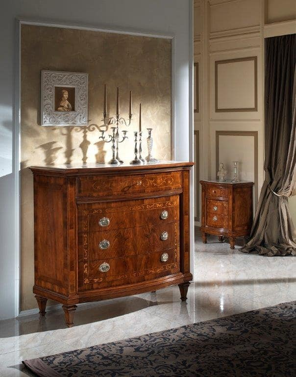 M 712, Walnut chest of drawers with marble top Botticino