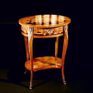 Art. 115 Cinese, Louis XV style inlaid side table