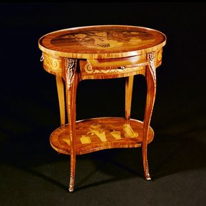 Art. 118 Ambulante, Classic side table with handmade inlays