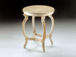 Art. 1369, Table with exquisite decor, for luxury classic suite