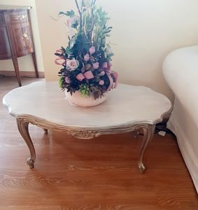 Art. 178, Outlet coffee table, classic French style