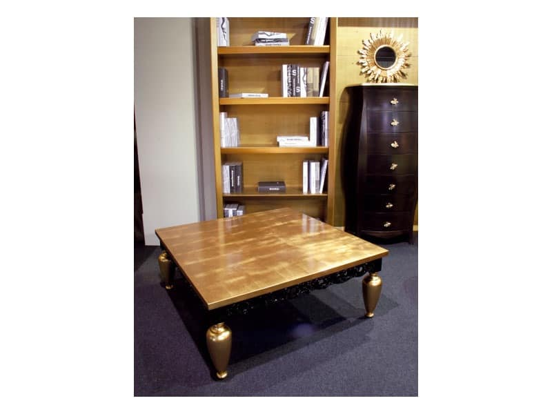 Art. 1797 Gustav, Classic coffee table, in wood, gold leaf finishing