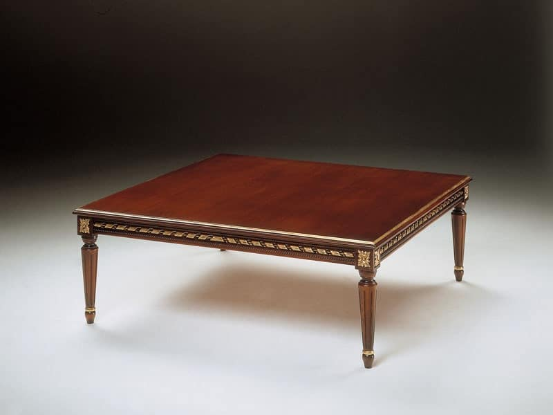 Art. 261/Q, Classic small table in carved wood, for living room