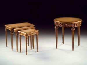 Art. 911 Dec� round, Hand carved luxury small table, for hotel suites