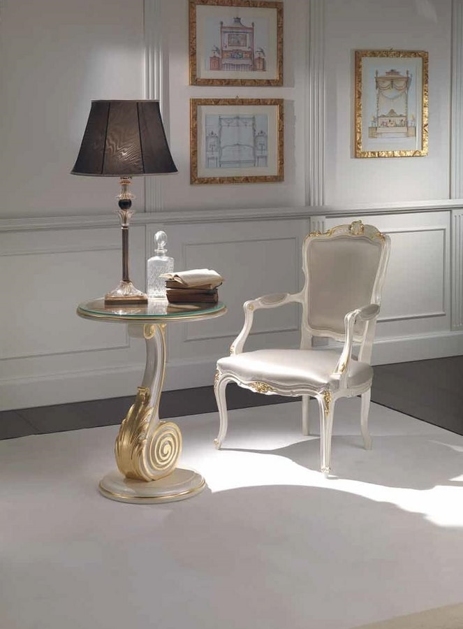 Chiocciola small table, Coffee table with details in gold leaf