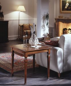 D 501, Square coffee table in cherry, floral inlay, classic