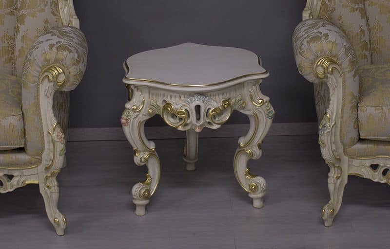 Finlandia Small Venetian Lacquered, Carved side table with gold leaf finishings