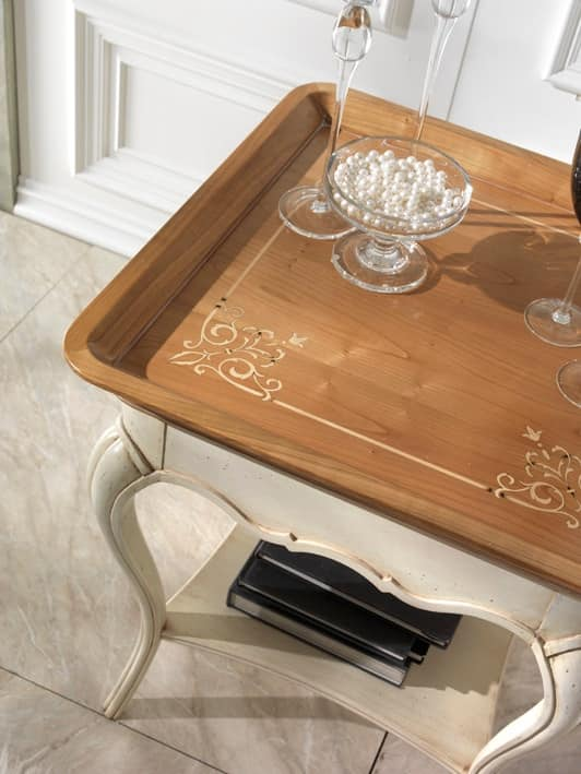 M 507 B, Square coffee table in cherry wood, with carvings, classical