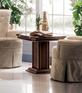 Modigliani squared side table, Side table with square top